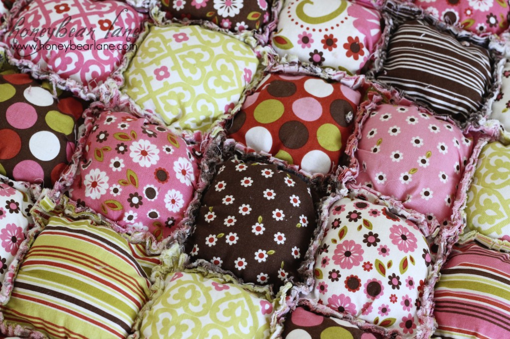 New Puff Quilt Pattern & Giveaway! - Honeybear Lane : free biscuit quilt pattern - Adamdwight.com