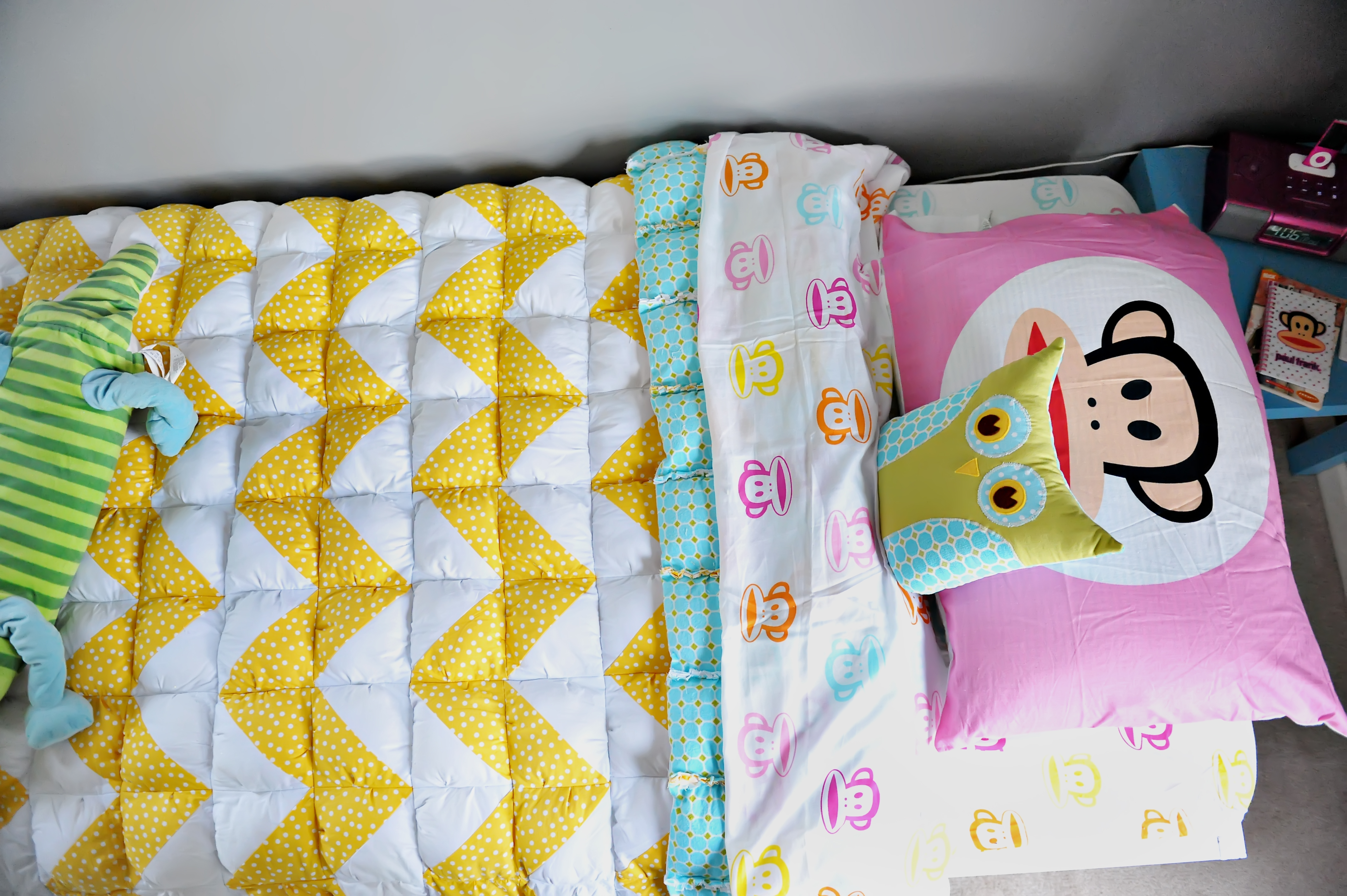 a twin size chevron puff quilt - Twin Quilts