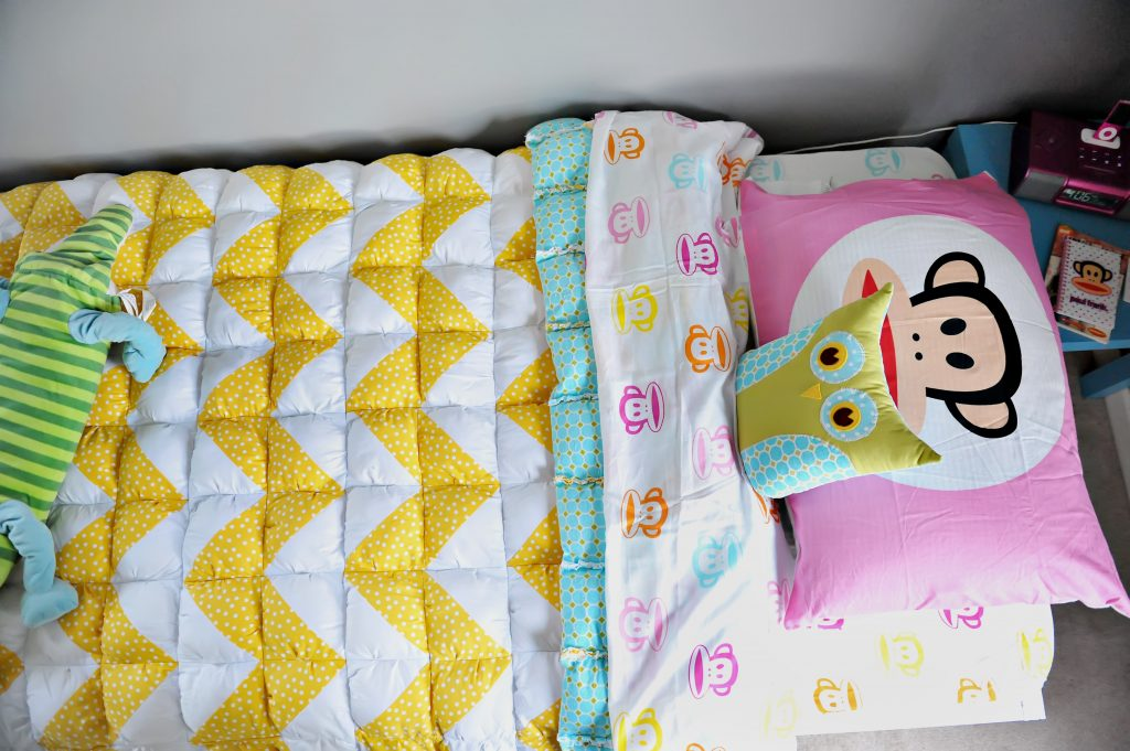 Twin Bed Decorating For Guest Room