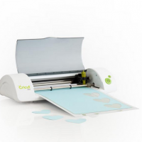 3 Year Blogiversary–Cricut Mini Giveaway!!