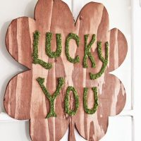 Plywood St Patrick's Day Wreath