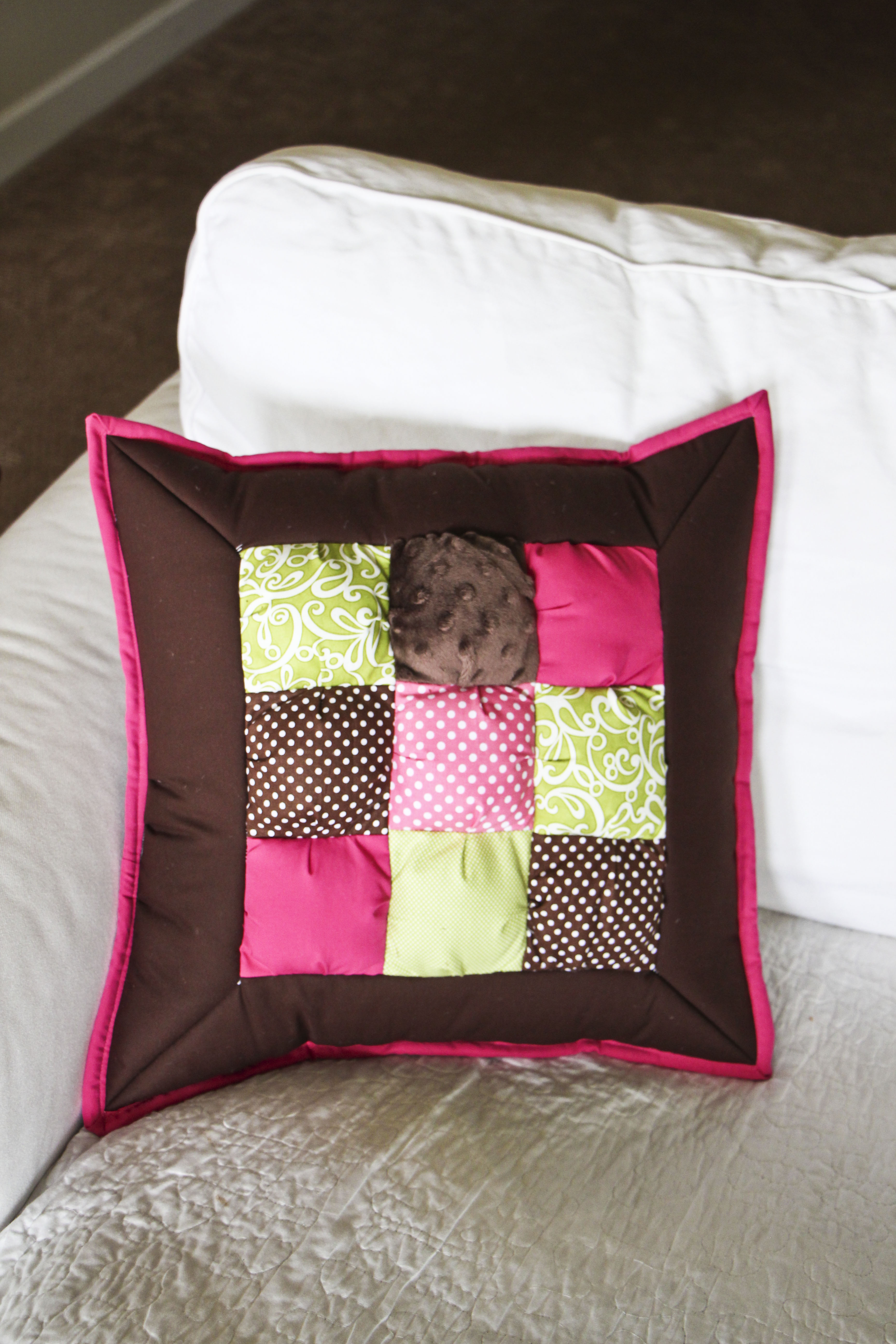 Puff Pillow Pattern Amp Giveaway Honeybear Lane