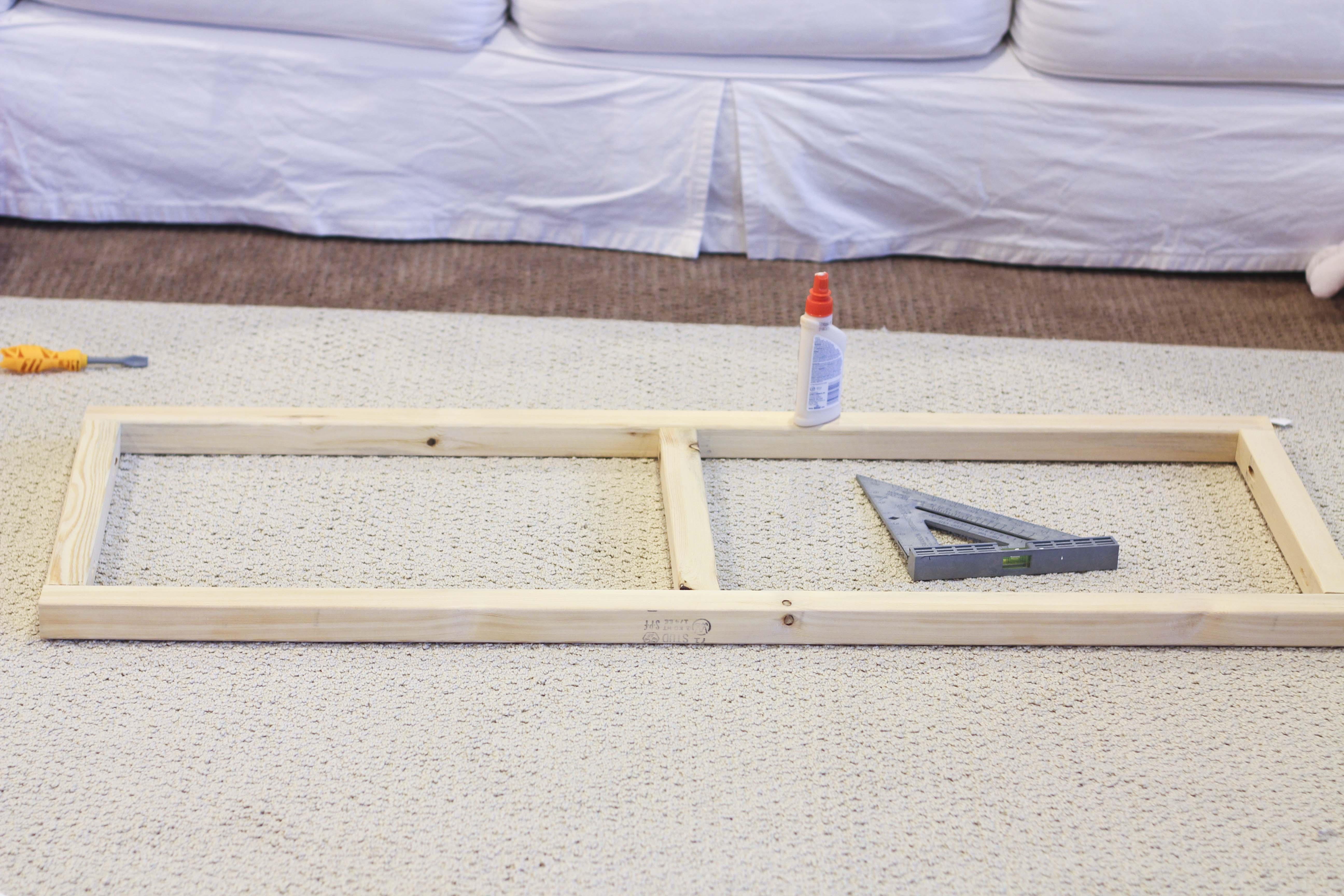 Diy industrial coffee table amp giveaway honeybear lane