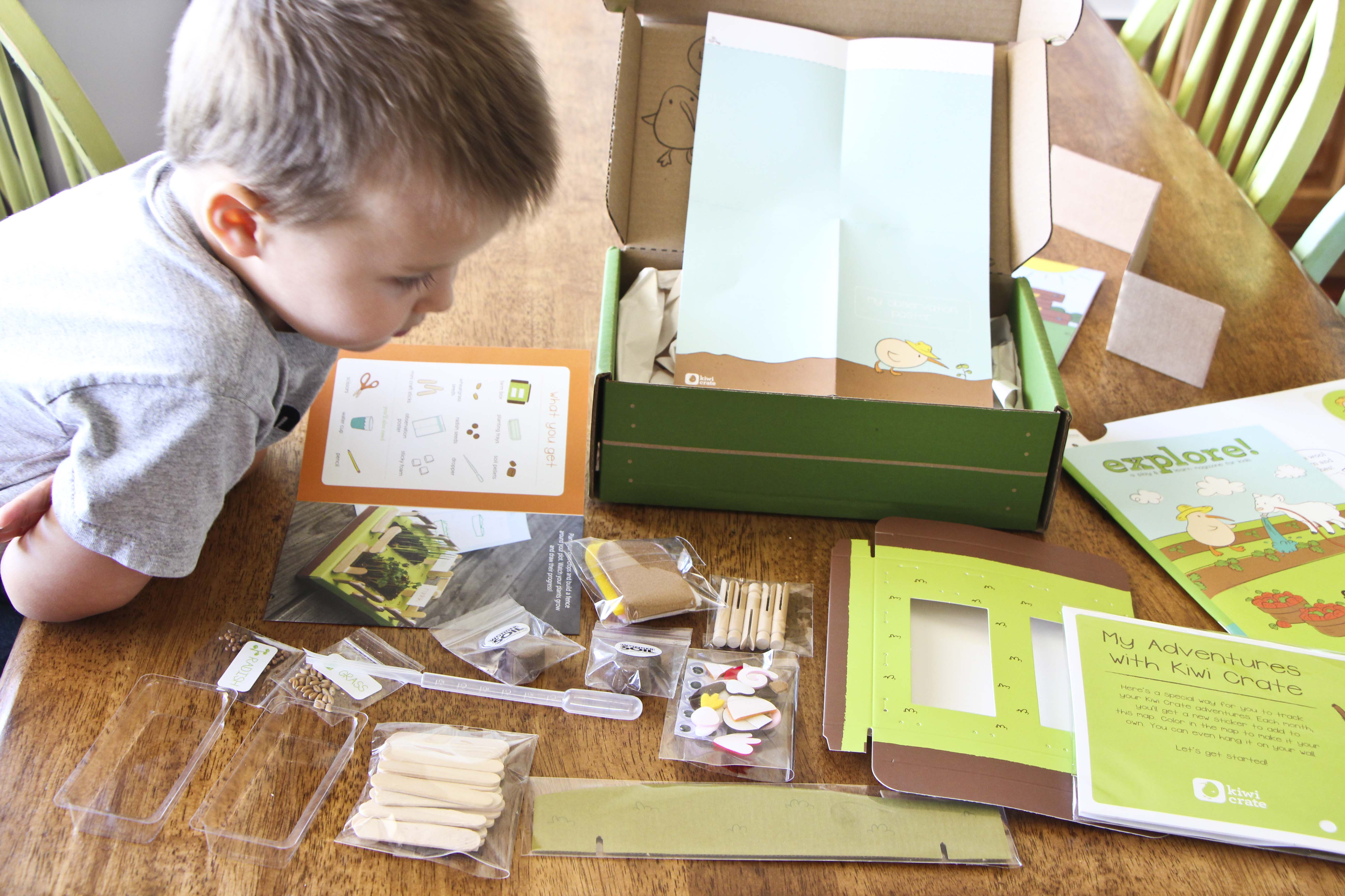 Craft kits for 4 year olds - I Was Literally Blown Away By How Awesome This Kit Was It S Super Cute Perfect For Kids To Do And Very Imaginative And Creative And There S Tons To Do