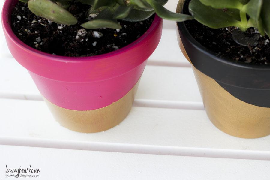 patio paint on flower pots - Gold Dipped Flower Pots - HoneyBear Lane