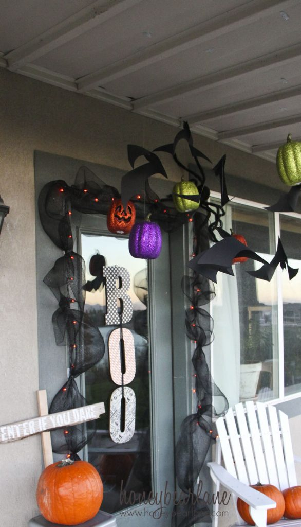 dangly bats and pumpkins