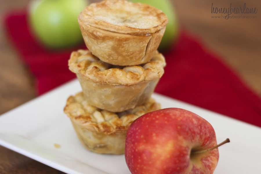 Easy Mini Apple Pies - HoneyBear Lane