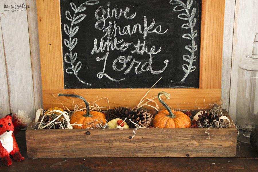 thanksgiving mantel closeup