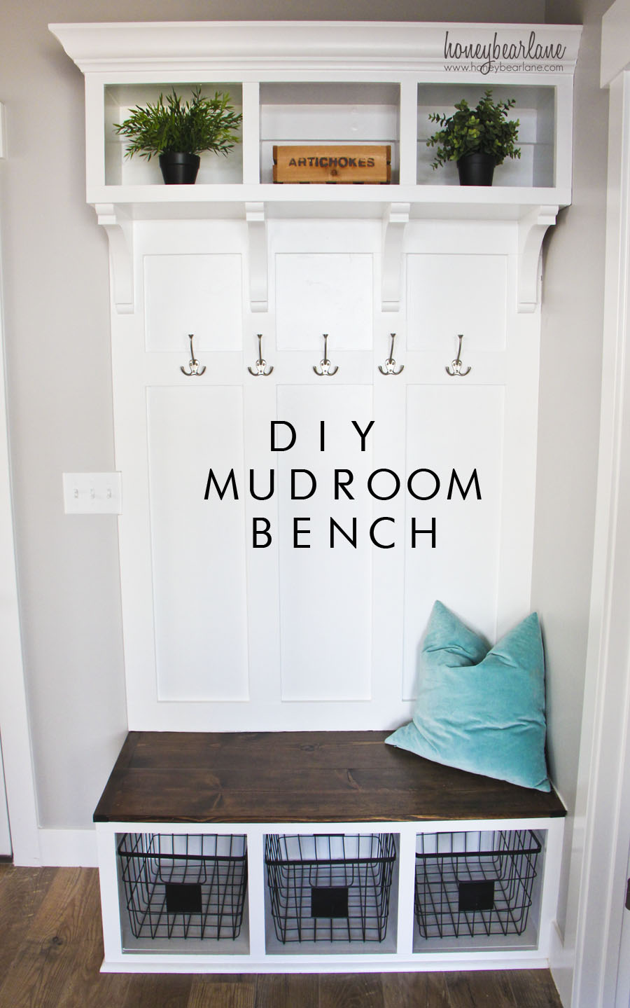 Diy mudroom bench honeybear lane for Garage mudroom