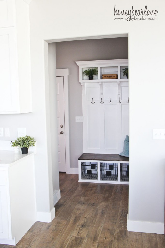 cool mudroom bench area
