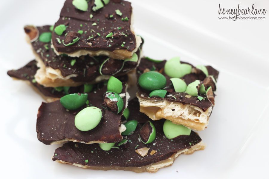mint chocolate cracker toffee