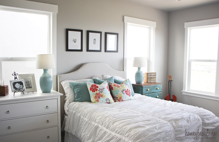 Coastal Bedroom Decor - Honeybear Lane