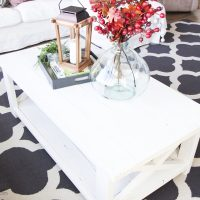 A New Farmhouse Coffee Table