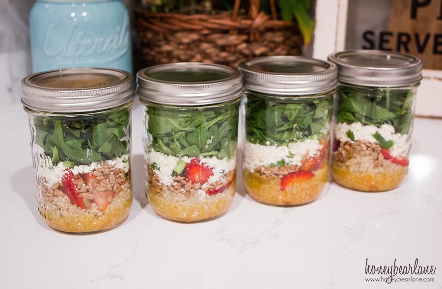 strawberry-quinoa-salad-jar