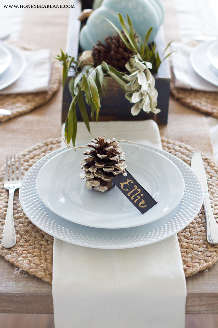 Easy Thanksgiving Table Decor - Honeybear Lane