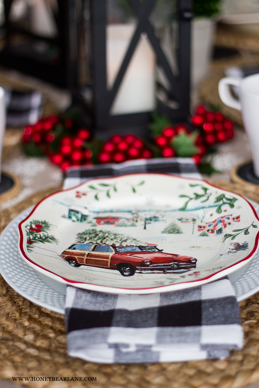 & Vintage Christmas Table Setting - Honeybear Lane