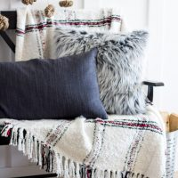 8 Ways to Cozy up your Home for Winter