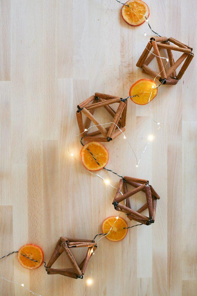 25 Farmhouse Style Christmas Decor Ideas Honeybear Lane