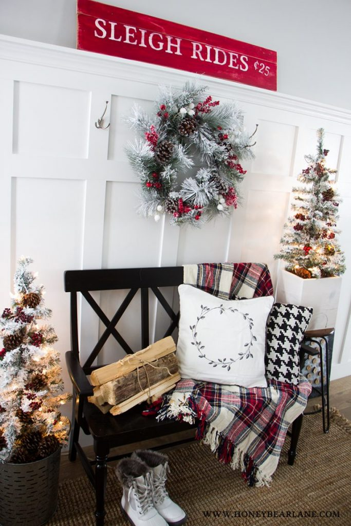 25 Farmhouse Style Christmas Decor Ideas Honeybear Lane