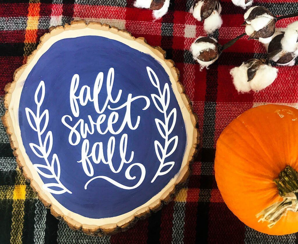 These simple ways to decorate for fall will have your home looking beautiful and cozy!
