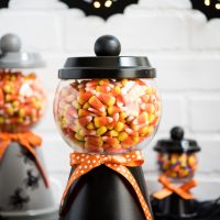 25 Ideas for Halloween Decor in 10 Minutes