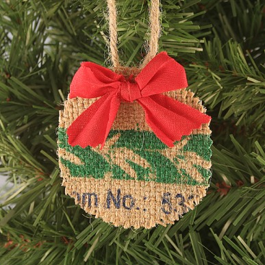 These beautiful farmhouse style inspired DIY ornaments are easy to make and add a cozy touch to any home!