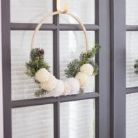 Simple Pine and Pom Pom Wreath
